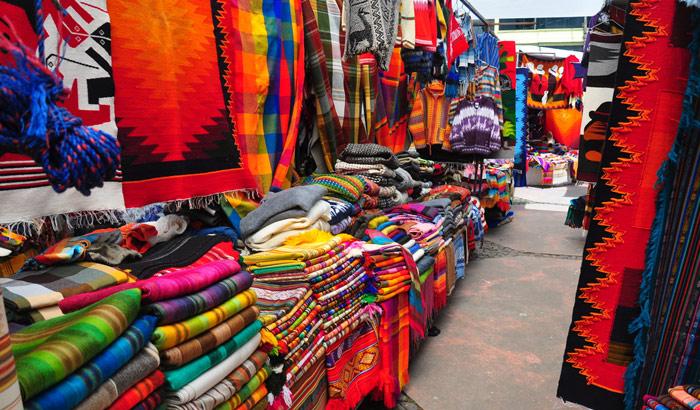 Quatres-Borenes Market