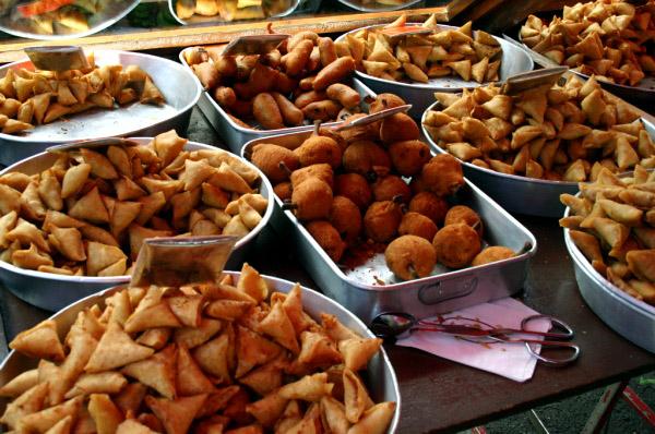 Samoussa et autres beignets.