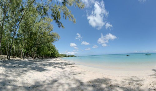 Mont-Choisy Beach