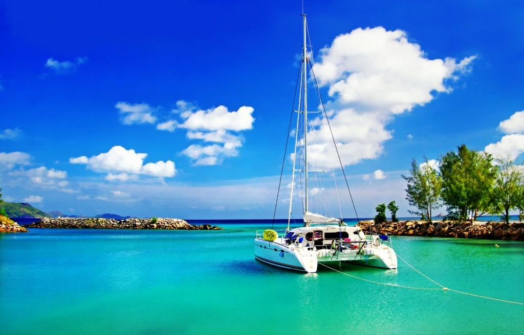 Yacht Sailing Seychelles