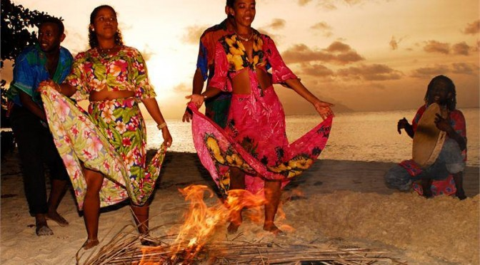Seychellois-dancing-at-night-fall