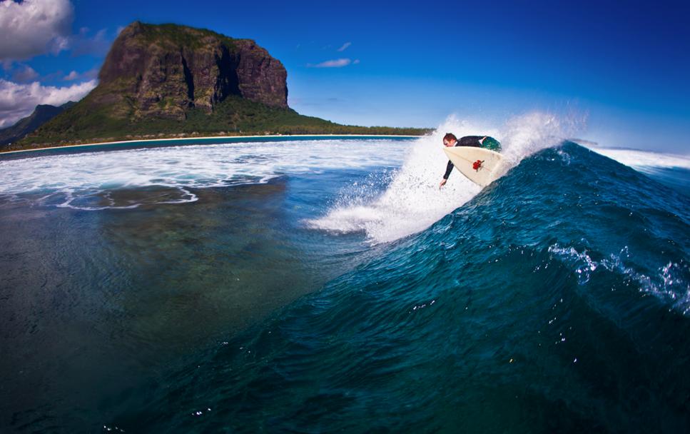 Surfing Mauritius