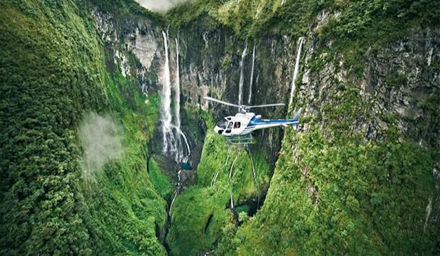 Réunion-Island-Helicopter-Tour