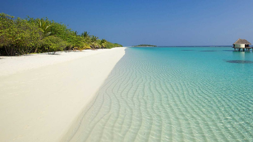 Hidden beaches in Mauritius