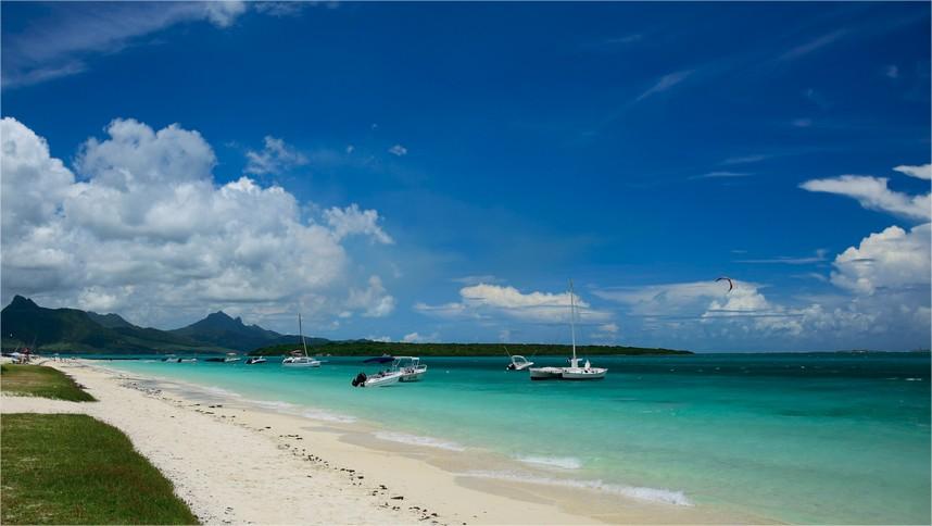 Pointe-d'esny beach