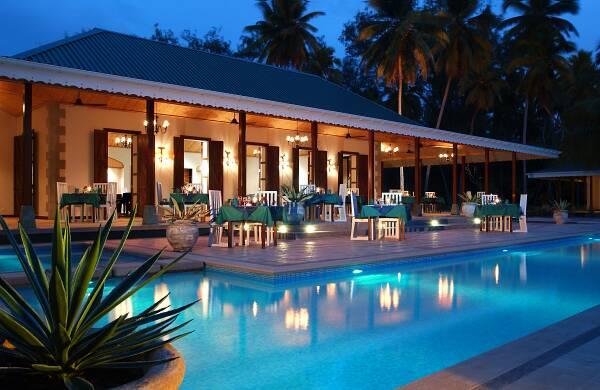 5 best affordable hotels in the seychelles. Black Bedroom Furniture Sets. Home Design Ideas