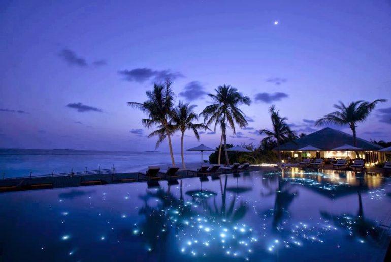 maldives at night