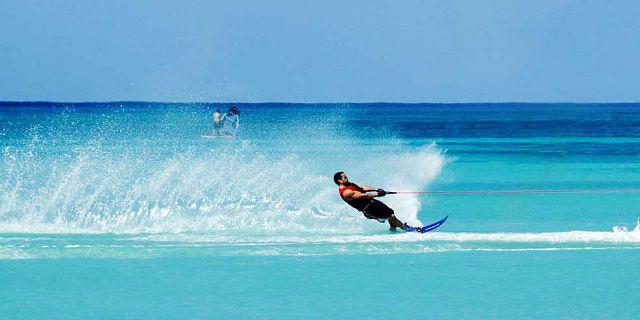 water-ski in mauritius