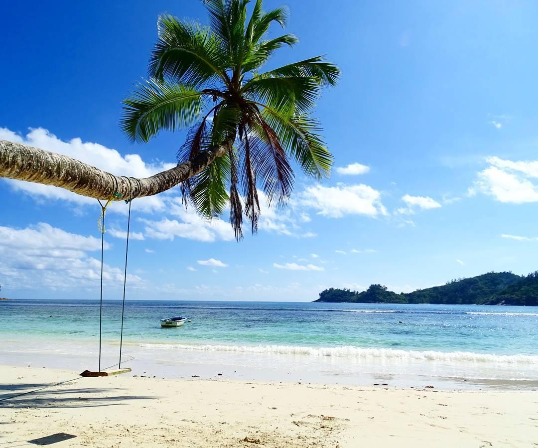 Mahe beaches seychelles