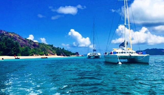Sailing the Seychelles