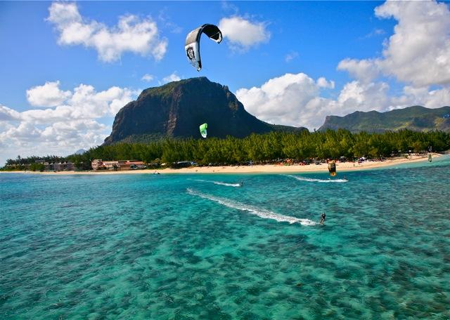 kitesurfing-in-le-morne