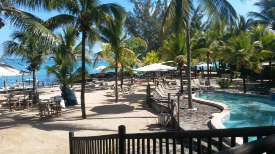 hibiscus-beach-resort