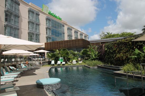 holiday-inn-mauritius