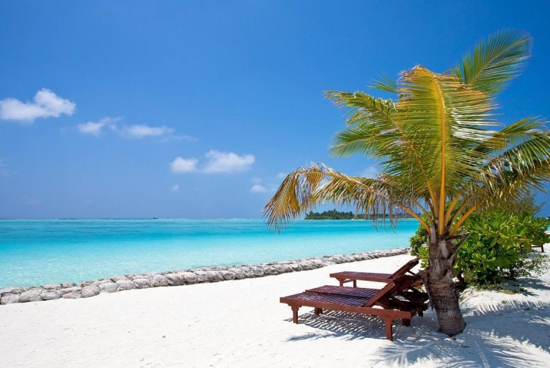 Nalaguraidhoo_Beach_Holidays_Maldives