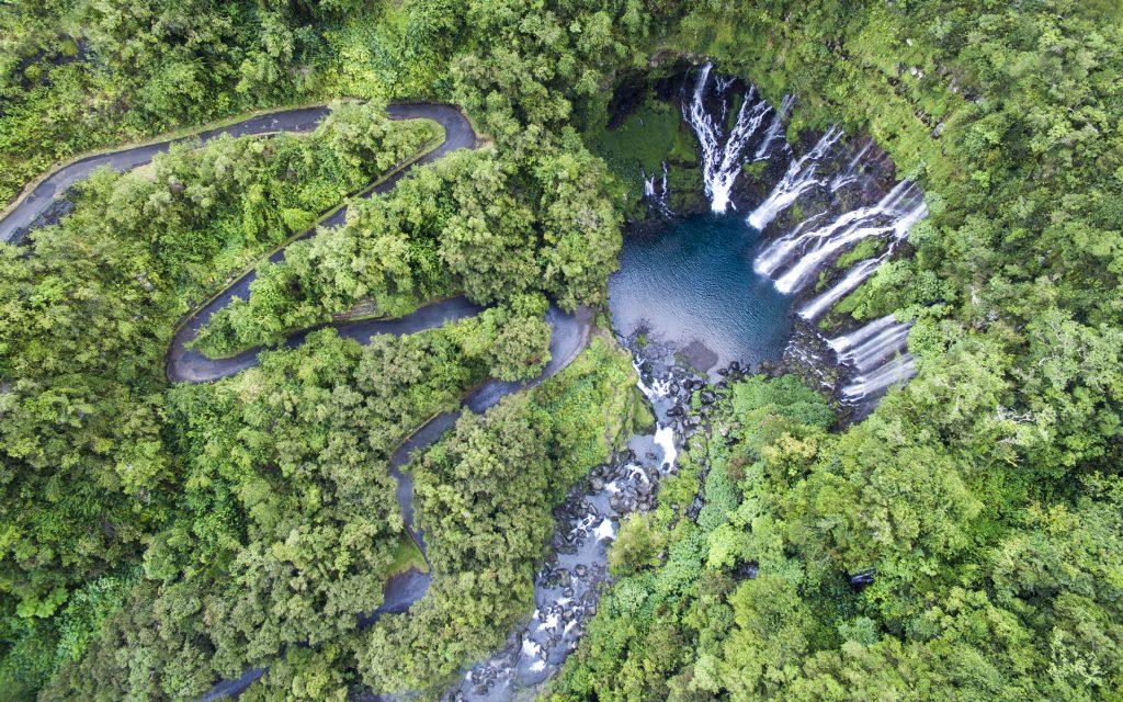 Bassin cascade Grand Galet