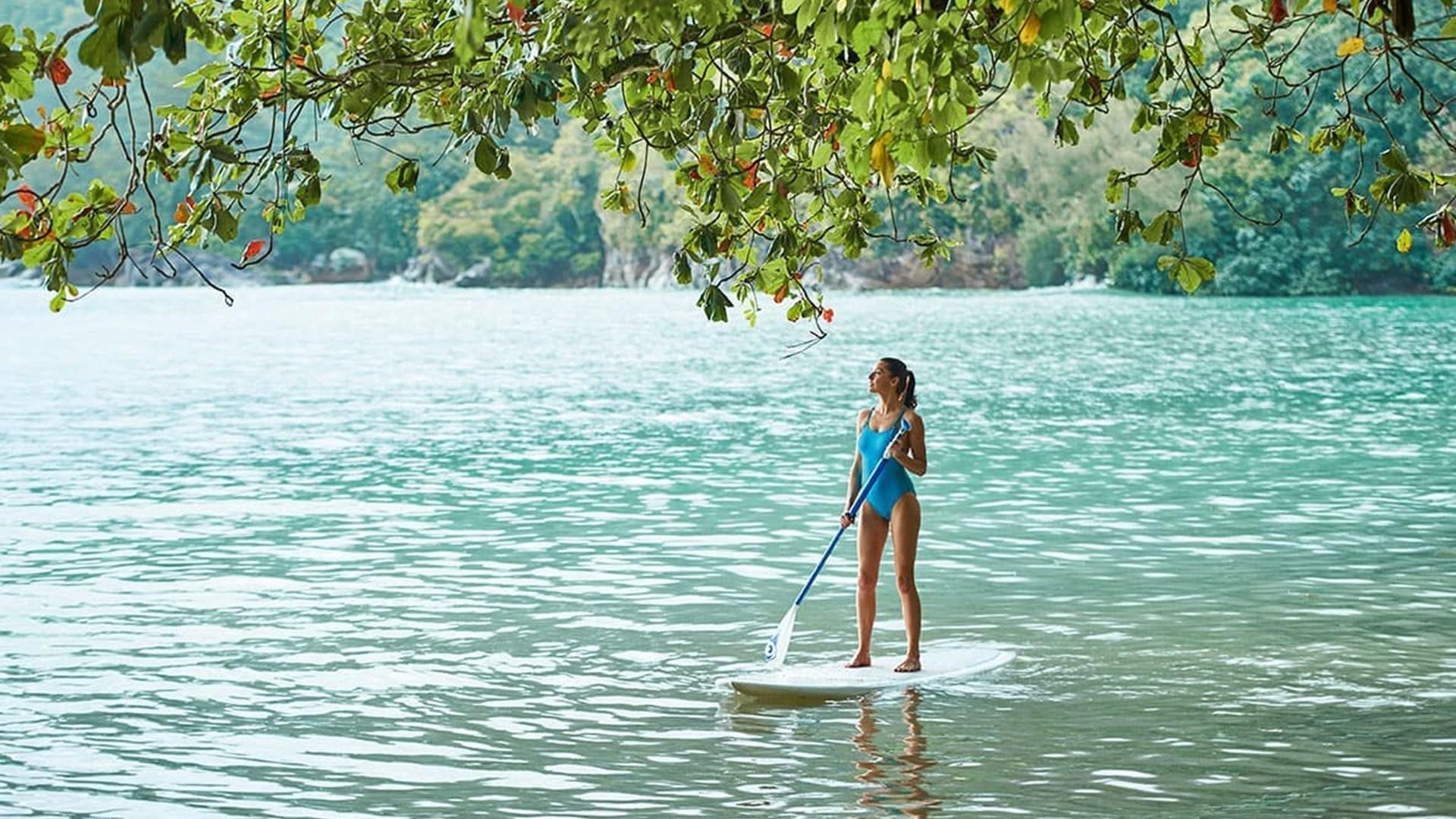 Paddle-board in Seychelles