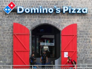 dominoes pizza port louis